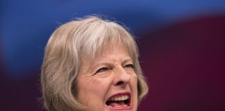 Scozia e Theresa May referendum