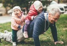 Anziani che fanno sport