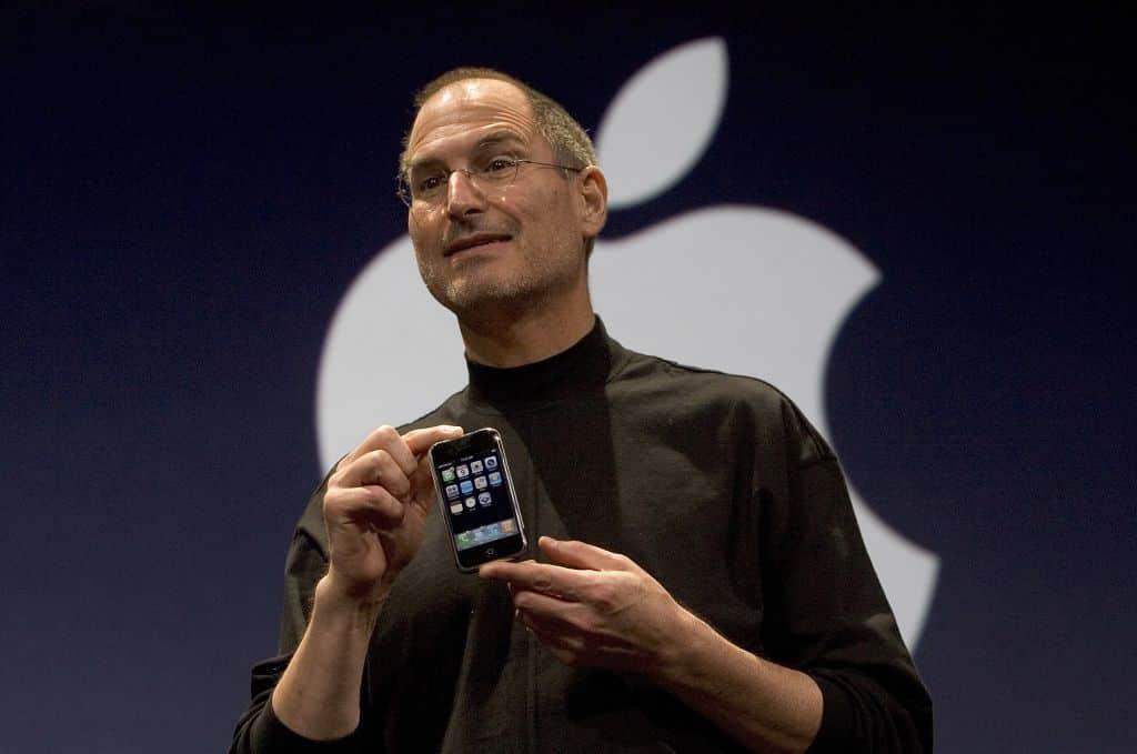 apple steve stipendio jobs