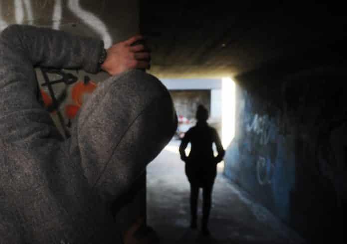 stalking stalker significato reato