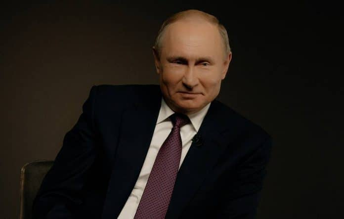 Putin presidente a vita