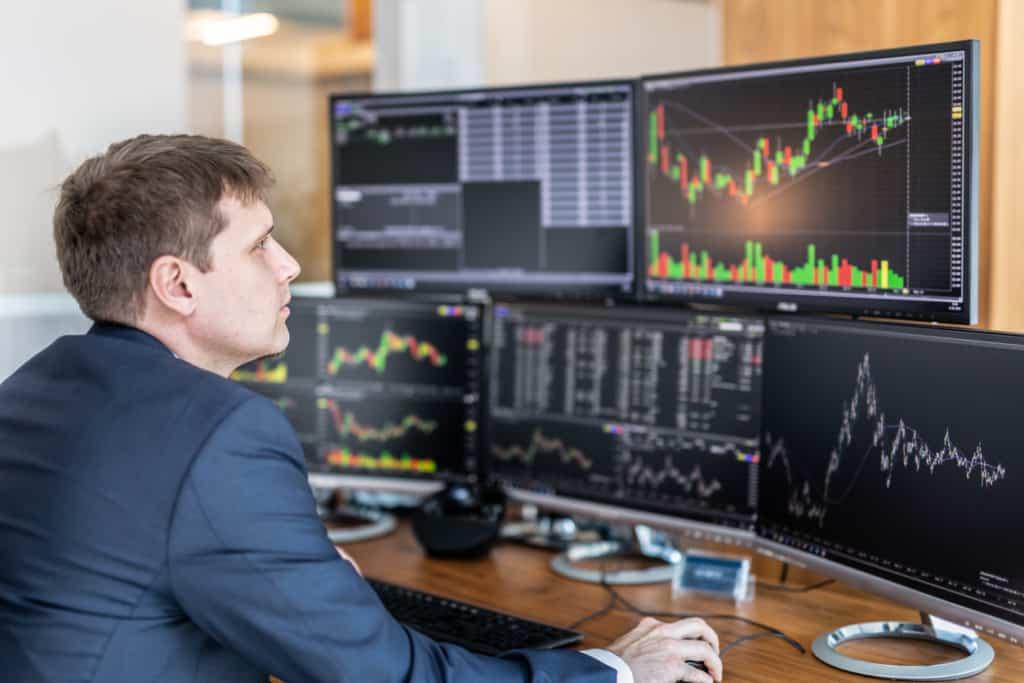 lavori online trading
